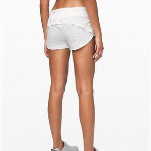 Lululemon Speed shorts Sz6 White